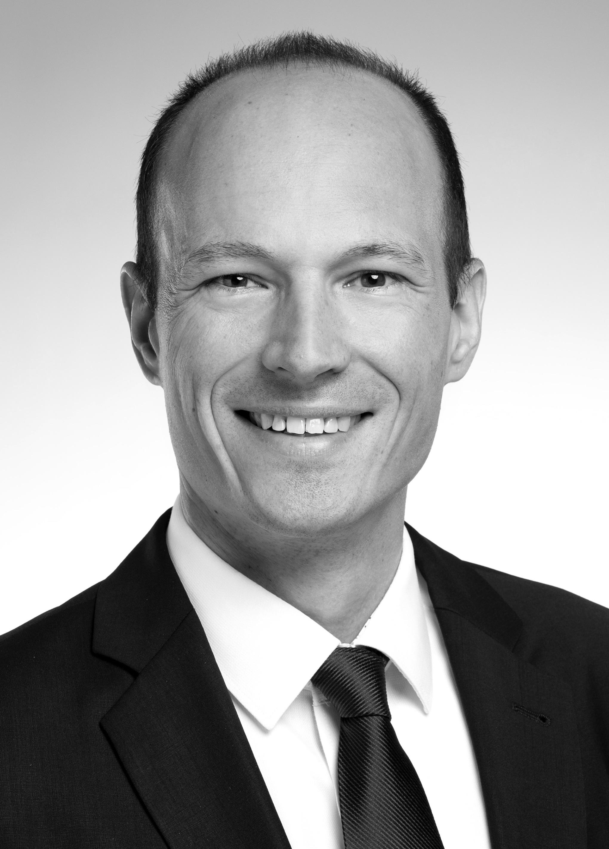 Prof. Dr. Philip Valta
